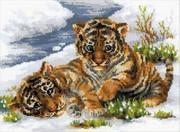 """1564-Риолис """"Тигрята в снегу"""" 40х30 см"""