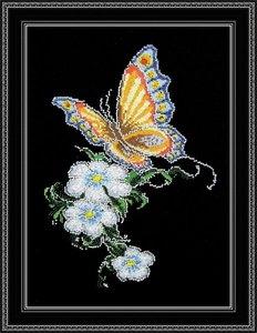 "452-Овен  ""Бабочка на цветке"" 20х28 см"